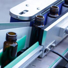 Detalles automáticos de la máquina de etiquetado de etiquetas adhesivas de botellas redondas verticales